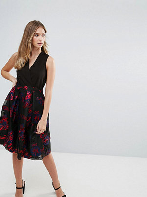 Closet London Closet Contrast V-Neck Floral Metallic Dress