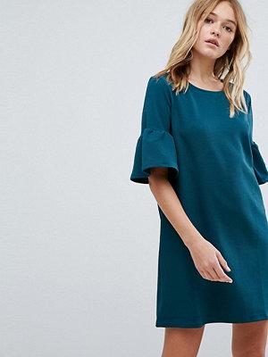 Pull&Bear Frill Sleeve Tee Dress