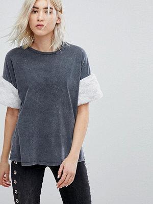 Bershka T-shirt med vida ärmar