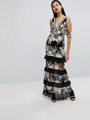 PrettyLittleThing Premium Embellished Maxi Dress