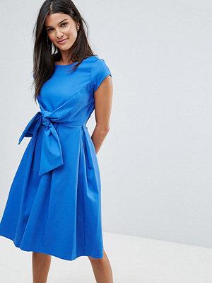 Closet London Closet Short Sleeve V Back Tie Front Dress