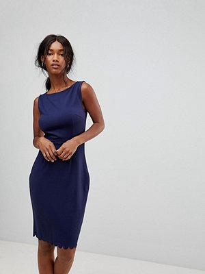 Sugarhill Boutique Ponte Shift Dress
