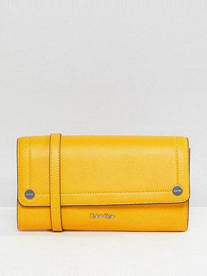 Calvin Klein kuvertväska Julienne Clutch Bag