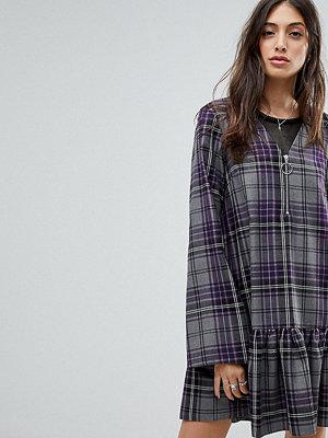 Reclaimed Vintage Inspired Check Smock Mini Dress - Purple check