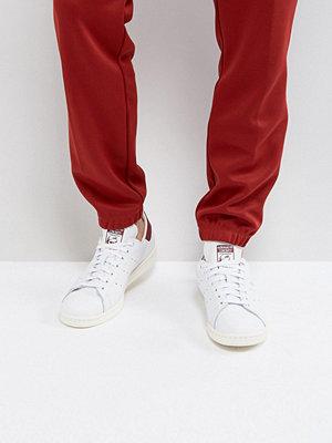 Adidas Originals Stan Smith Trainers In White CQ2195