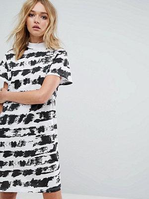 Cheap Monday Paint Print T-Shirt Dress