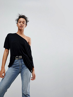 ASOS DESIGN Ribbad t-shirt med bar axel