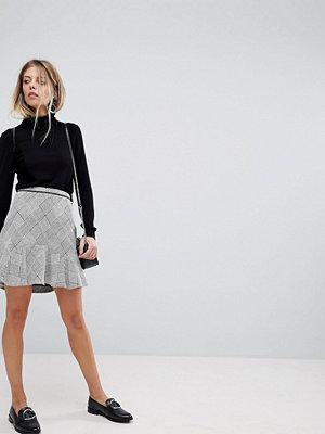 Oasis Checked Frill Hem Mini Skirt