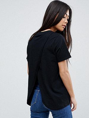 ASOS Petite T-shirt med omlott baktill