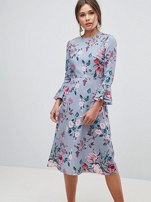 ASOS Fluted Sleeve Midi Dress in Pretty Floral