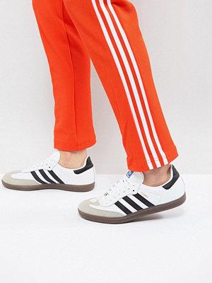 Adidas Originals Samba Trainers In White BZ0057