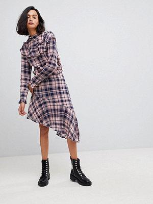 Vero Moda Rutig asymmetrisk minikjol