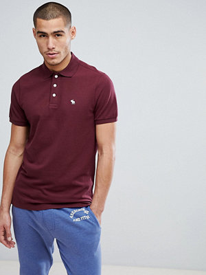 Pikétröjor - Abercrombie & Fitch Stretch Pique Slim Fit Polo Icon Moose Logo in Burgundy