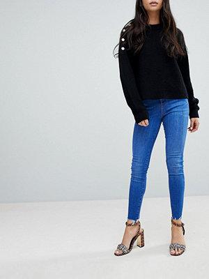 New Look Jeans med hög midja som lyfter och formar