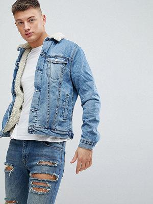New Look Borg Denim Jacket In Mid Blue Wash