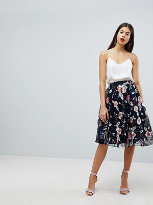 Club L Embroidered Floral Skirt In Tulle