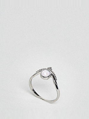ASOS Curve Exclusive Engraved Moonstone Ring - Antique silver