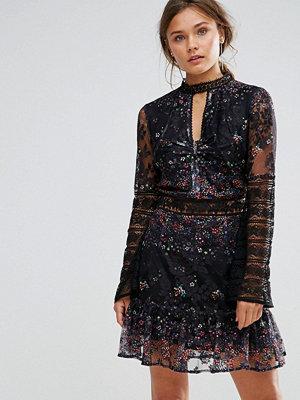 Liquorish Floral Ditsy Print Lace Dress