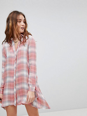 Glamorous Shirt Dress In Check With Tie Cuffs - Pink check