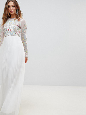 Frock and Frill Premium 3D Applique Top Maxi Dress With Pleated Skirt