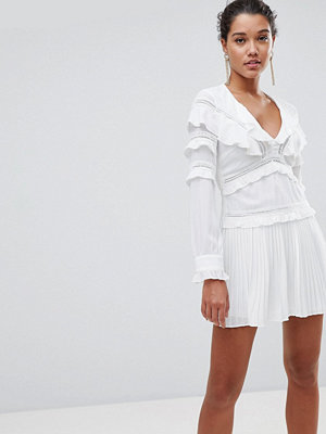 PrettyLittleThing Pleated Frill Detail Dress