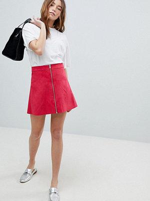 Only Rosa a-linjeformad minikjol i mockaimitation med dragkedja