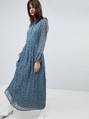 Gestuz Maxi Dress With Blue Flower Print - Blue flower