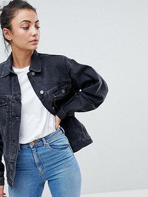 Asos Tall ASOS DESIGN Tall denim girlfriend jacket in washed black