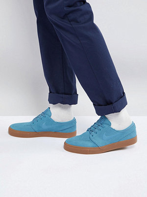 Nike Sb Stefan Janoski Trainers With Gum Sole In Blue 333824-420