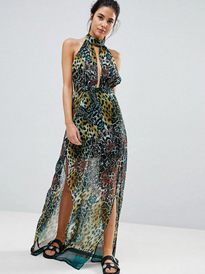 PrettyLittleThing High Neck Leopard Print Maxi Beach Dress