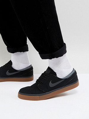 Nike Sb Stefan Janoski Canvas Trainers With Gum Sole In Black 615957-020