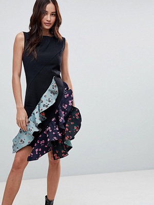 Boohoo Contrast Ruffle Dress