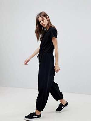 Noisy May Relaxed Woven Jumpsuit