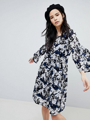 Soaked in Luxury Floral Flock Swing Dress - Dress blue
