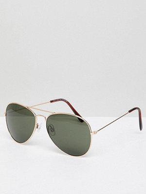 New Look Aviator Sunglasses In Gold