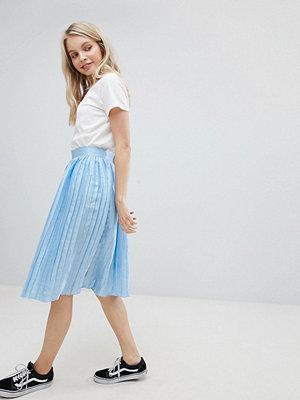 Glamorous Plisserad metallic-kjol Ljusblå metallic