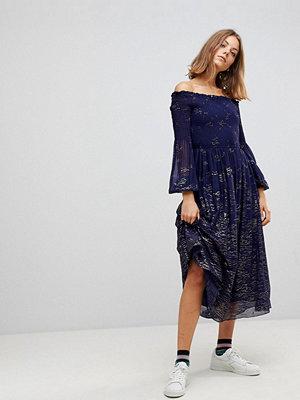 Free People Foiled Off Shoulder Midi Dress - Blue combo