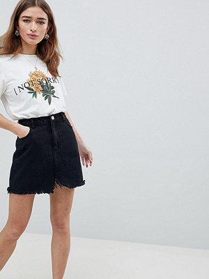 Missguided Petite Raw Hem Mini Skirt