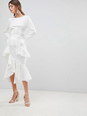 True Decadence Premium Asymmetric Ruffle Lace Midi Skirt