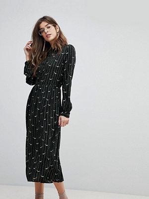 Liquorish Bird Print Pleated Shirt Midi Dress