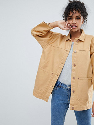 Monki Pocket Detail Denim Trucker Jacket - Yellow wash