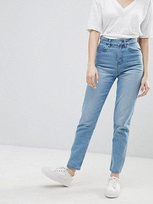 Wåven Elsa High Rise Mom Jeans