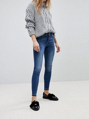 Jdy Blå skinny jeans i mörk tvätt