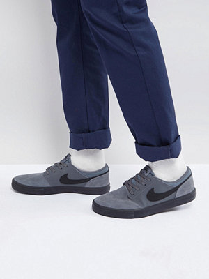 Nike Sb Solarsoft Portmore II Trainers In Grey 880266-003
