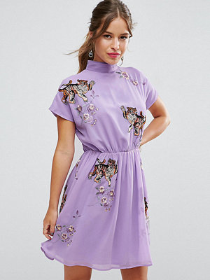 ASOS Petite PREMIUM Open Back Tea Dress with Tiger Embroidery - Lilac