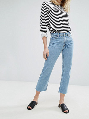 Dr. Denim Meadow Korta utsvängda jeans med medelhög midja Organic light retro