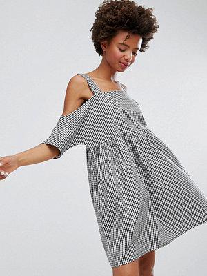 Monki Gingham Cold Shoulder Smock Dress