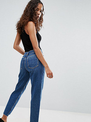 ASOS Petite ORIGINAL MOM Jeans in Haillie Mid Wash With Stepped Hem - Niah mid wash