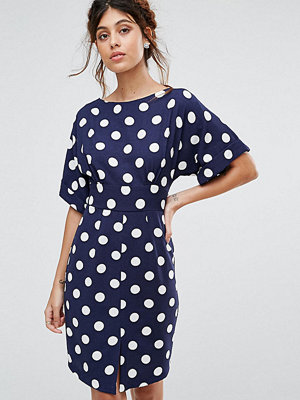 Closet London Kimono Sleeve Midi Dress With Tie Back Detail And Split Front