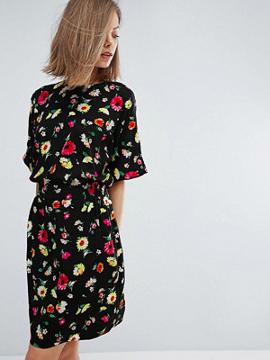 Warehouse Floral Shift Dress - Black pattern